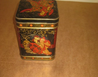 Collectible tea tin with hinged lid    [geo3837bs]