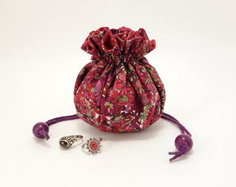 Jewelry travel bag / Liberty of London fabric, amaranth purple and burgondy red flowers / 8 pockets & ring holder