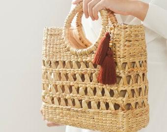 FREE Tassel as pictures •  Beach bag • Straw bag • Weaving seagrass • top handle bag • handmade bag • boho bag • straw purse •