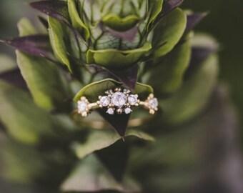 antiek Victoriaanse witte diamanten verlovingsring