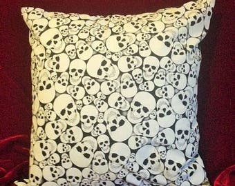Anatomy Skeleton Skull Bones Halloween Glow in the Dark Black and White Square Cushion