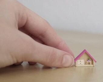 Micro house, miniature house, mini House, micro miniature home, wooden house