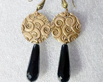 art-deco style Earrings made of Goldbronze discs and faceted black onyx drops (or lapis lazuli drops) on Order  Silverbronze or copper