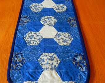 Quilted Patchwork Table Runner, Blue and cream patchwork, oval table runner, hexagon pattern