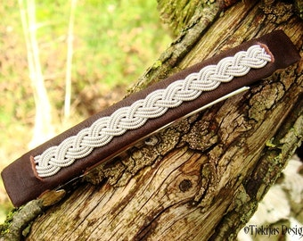 SLEIPNER Nordic Viking Hair Clip 10 cm Barrette with Antique Brown Reindeer Leather and Swedish Sami Tin Thread braid - Custom Handcrafted