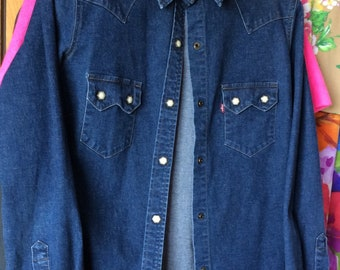 LEVI DENIM SHIRT red tab vintage blue jean top, classic style