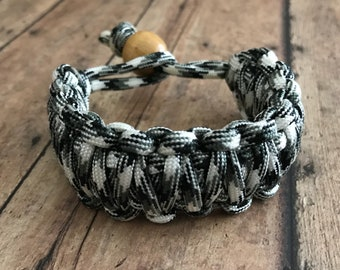 Paracord Bracelet - Black and White 550 Paracord - Gifts for Her  - Gift Under 10