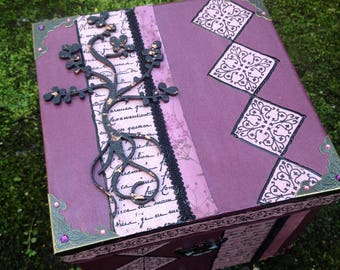 Jewelry box, secret baroque square cardboard plum and old rose with tree of life