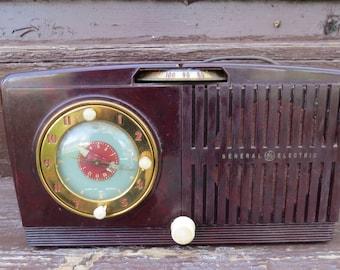 Super Sale Vintage General Electric Clock Radio AM