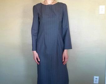 Classy wool pencil dress rich gray
