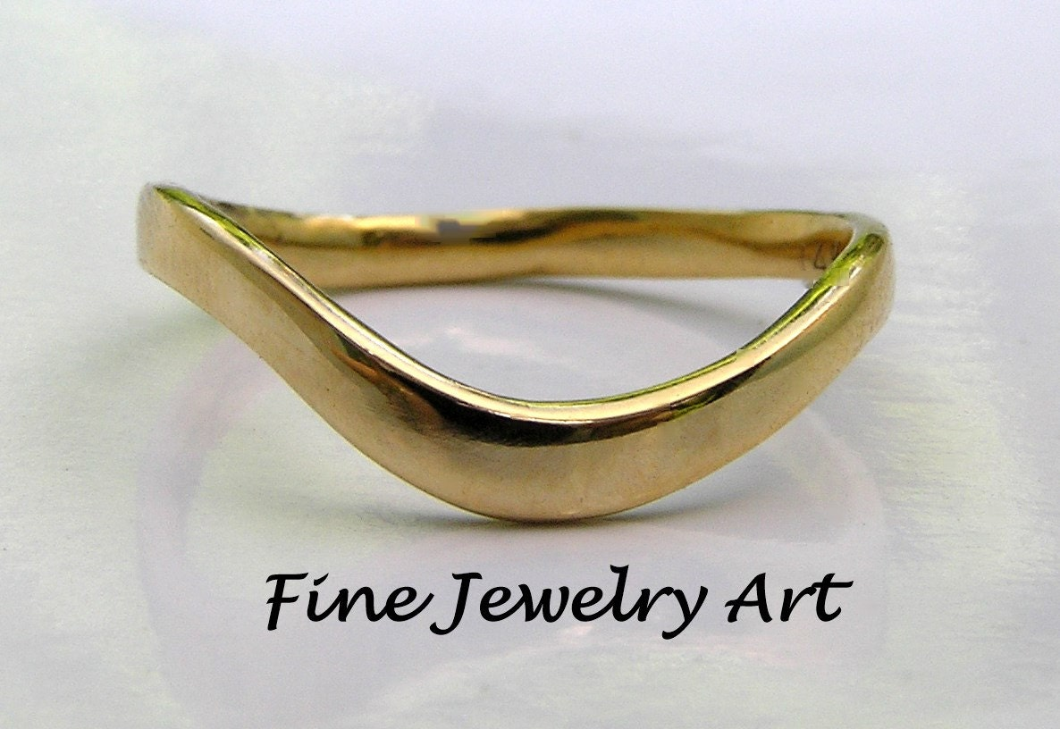 Curved Wedding Band 14k Solid Gold Thin Curved Wave Ring