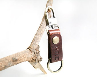 Mens Keychain, Custom Keychain, Engraved Keychain, Personalized Leather Keychain, Keyring, Keyfob, Bridesmaid Gift, Bestman Gift, Keyholder