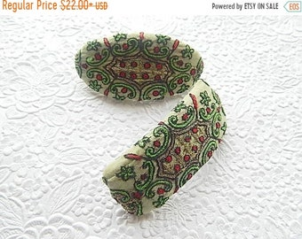 CLEARANCE - Green and red hair barrette, hair clip, fabric barrettes, fabric barrette, hair accessory, fashion accessory