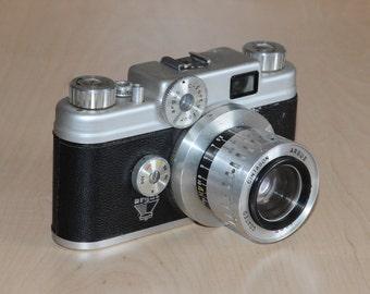 Vintage Argus C-44 Camera