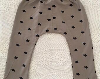 3 Piece Set, Lightweight Cotton, Size 18 mths, Machine Washable.