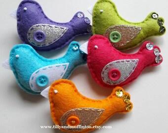 Felt Bird Brooch/Pin/Badge.Felt Bird Brooch. Kawaii Bird.Wedding Favor,Party Favor,Stocking Stuffer/Filler.Secret Santa Gift.Teacher Gift.
