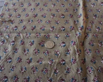 16 Nice beige background vintage cotton with a stunning border