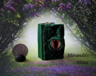 Dollhouse-Miniature-Medieval-Dragon-EYE-Book-for-Roombox celtic fantasy