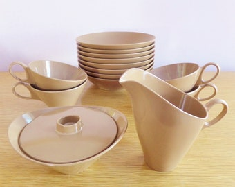 Vintage Brown Melmac Dishes Melamine Plastic Cereal Soup Berry Bowls Coffee Tea Cups Sugar Bowl Lid Creamer Texas Ware Retro Camper Kitchen