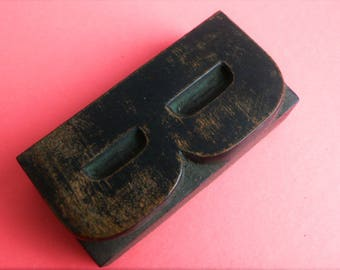 "Letterpress Wood Type B - 3"" Tall 7.5 cm/ Antique Letterpress Wood Printer's Block HAND CARVED"