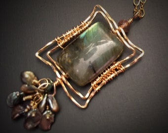 Windows on the Forest Leaf Green Labradorite Necklace, Gold Necklace, Gift for Her, Keshi Pearls