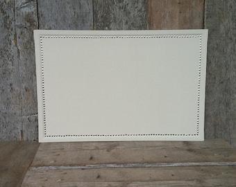 Recouvert en tissu de décoration maison couleur crème grand 36 x 24 po. Conseil - grosse épingle - grand babillard - Ivoire babillard en liège