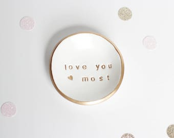 Wedding Ring Holder // Personalized Ring Dish // Custom Engagement Gift // White and Gold // Gift for the Bride // Bridal Shower