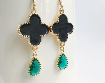 Emerald Teardrop Earrings, Clover Earrings, four leaf Earrings, Black Clover Earrings, Emerald Birthstone Earrings, Black Flower Earrings,Go