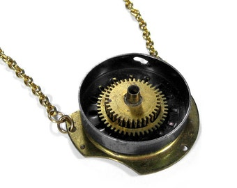 Steampunk Jewelry Necklace Vintage Clock Parts GEARS Moving RATCHET Action Mens Pendant, Boyfriend Gift, Burning Man Jewelry - by edmdesigns