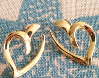 Heart Earrings, Gold Tone Open Heart Style  Valentines Day Gift