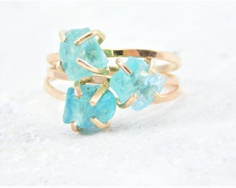Raw Blue Apatite Ring, Gold Apatite, Ring, Rough Apatite Ring, Blue Apatite Stone Ring, Raw Apatite Ring, Gold Raw Apatite Ring