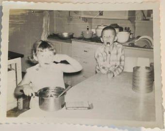 "Vintage Photo ""Licking the Pot"" Snapshot Antique Black & White Photograph Paper Found Ephemera Vernacular Interior Design Mood - 55"