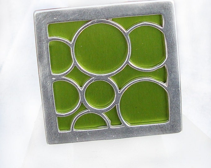 Super Size square bubble ring in lime