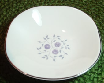 Homer Laughlin China Fruit / Berry Bowls ~ Anniversary Pattern  ~ Discontinued