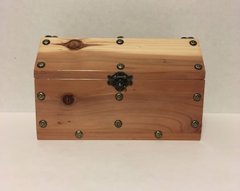 Redwood Keepsake Treasure Chest