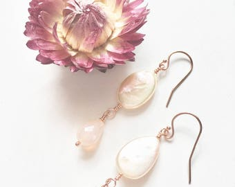 Statement Earrings, Peach Pearl Earrings with Pink Chalcedony Rose Gold Filled Earrings, Dainty Pearl Earrings, Pearl Earrings