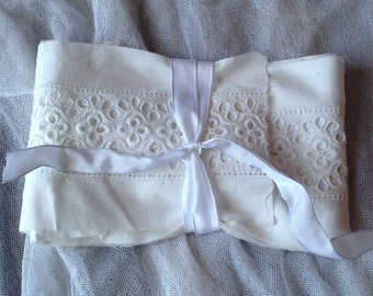 Vintage Lace Trim. White Cotton Broderie Anglaise Lace, Sewing Supplies /275 cm Period Costume French Haberdashery NOS