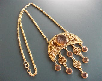 Vintage Amber Glass Itaglio Cameo Bust With Dangle Drop Faceted Rhinestone & Flowers Necklace