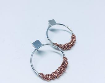 Blended metal hoop earrings in Rose Gold and Silver