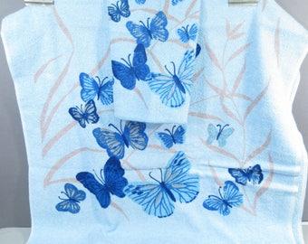 Vintage bath towel set, retro towels, mid century modern towels, blue butterflies, butterfly towels, powder blue bathroom decor, baby blue