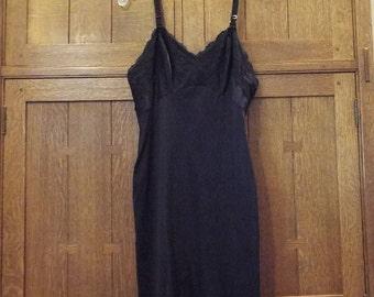 Vintage Full Black Nylon Slip Small 34