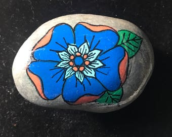 Flower painted rock
