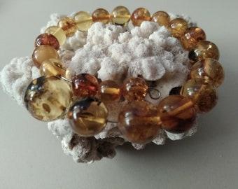 Bracelet made of natural Baltic amber. Baltic amber. Natural amber.