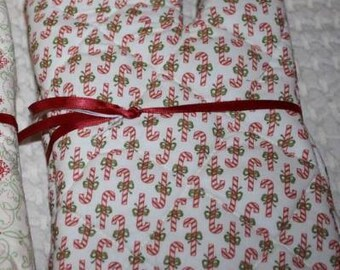 Vintage Holiday Christmas Candy Cane Fabric Christmas OVEN MITT PAIR
