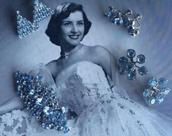 Beauty Queen 1950's Blue Rhinestone Triangle & Flower Screw Back Earrings