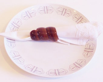 Mid Century Lucite Napkin Rings - Set of 14 - Brown Tortoise Shell Look - 1960s, 1970s