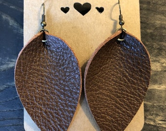 Leather Earring/Leather Leaf Earrings/Petal Earrings/Handcrafted