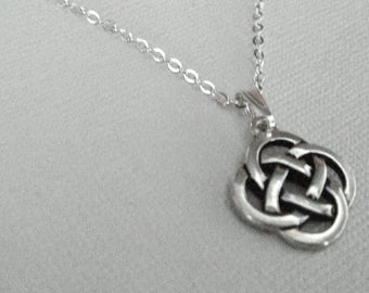 Celtic Knot Necklace Silver