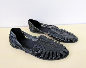 80s 90s Black Leather Huaraches Leather Huarache Sandals Flats Woven Leather Sandals Slip On Vintage Leather Huaraches Boho Summer Size 6