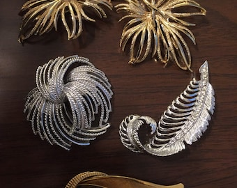 5 Leaf Brooches from the 50s-60s unused MINT